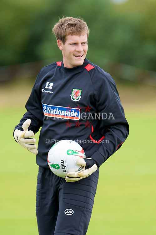 WREXHAM, WALES - Monday, August 18, 2008: Wales' goalkeeper Owain Fon Williams training at Colliers Park ahead of their UEFA European U21 Championship Group 10 Qualifying match against Romania. (Photo by David Rawcliffe/Propaganda)