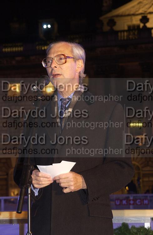tim Sainsbury. Launch of the Somerset House Christmas Ice Rink. Hosted by Sir Timothy Sainsbury and H.E. Bruno Spinner Amabassador of Switzerland. © Copyright Photograph by Dafydd Jones 66 Stockwell Park Rd. London SW9 0DA Tel 020 7733 0108 www.dafjones.com