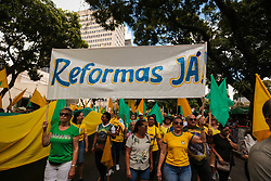 "May 26, 2019 - BeléM, Brazil - BELÉM, PA - 26.05.2019: ATO PRÃ"" BOLSONARO EM BELÉM - Ató pro Bolsonaro takes the streets of Belém do Pará this Sunday, 26. The demonstration ended at Av Doca de Souza Franco. (Credit Image: © Filipe Bispo/Fotoarena via ZUMA Press)"