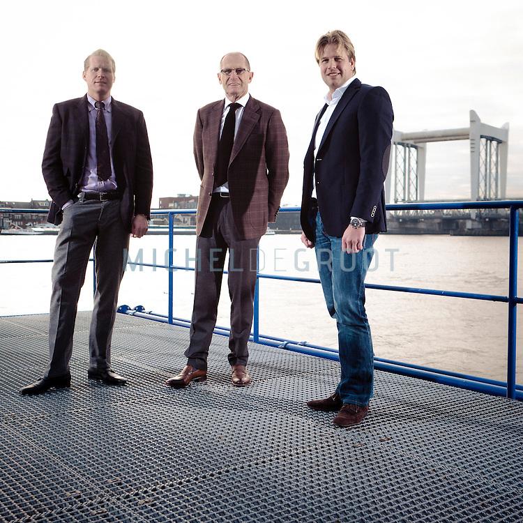Alexander Wanders, Henk Wanders (zijn vader) en Cees Mooij van Uni Barge in Zwijndrecht
