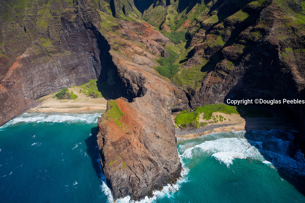 Honopu Beach, Napali Coast, Kauai, Hawaii
