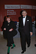 Ann Grave and David Hockney. Dinner at the opneing of Degas, Sickert and Toulouse-Lautrec. Tate Britain. Pimlico, London.  London. 3 October 2005. . ONE TIME USE ONLY - DO NOT ARCHIVE © Copyright Photograph by Dafydd Jones 66 Stockwell Park Rd. London SW9 0DA Tel 020 7733 0108 www.dafjones.com