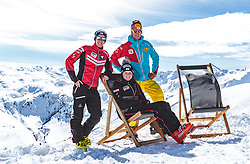 02.04.2018, Skizentrum Hochzillertal, Kaltenbach, AUT, JumpandReach Skitag, im Bild Stefan Kraft, Christian Deuschl, Elisabeth Raudaschl // during the Skiing Day after the Winterseason with the Austrian JumpandReach Athletes at the Skiresort Hochzillertal, Austria on 2018/04/02. EXPA Pictures © 2018, PhotoCredit: EXPA/ JFK