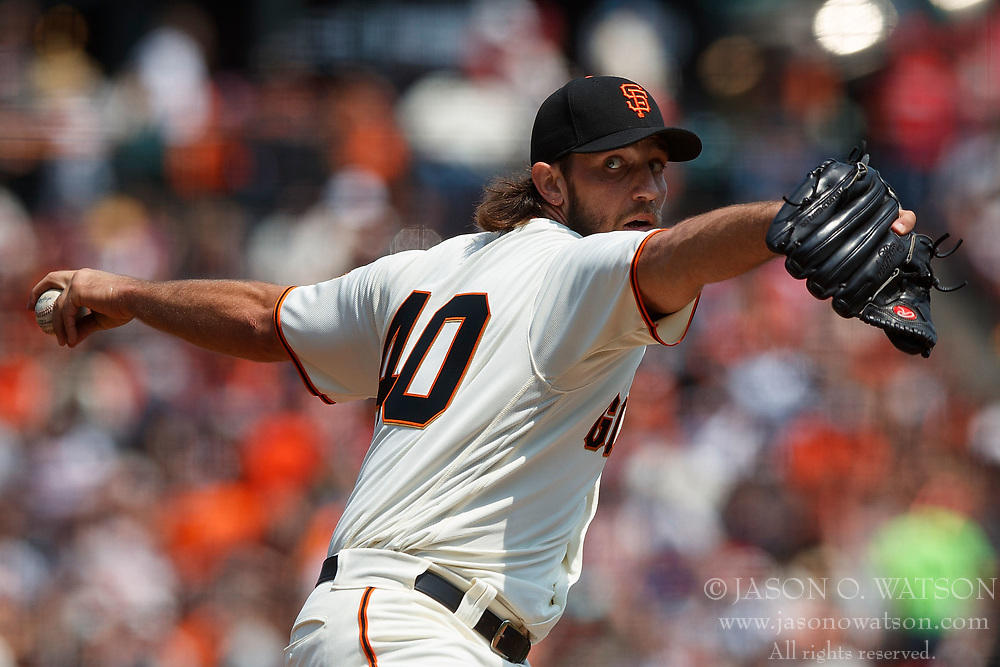 SAN FRANCISCO, CA - AUGUST 20: Madison Bumgarner #40 of the San Francisco Giants pitches against the Philadelphia Phillies during the second inning at AT&T Park on August 20, 2017 in San Francisco, California. The Philadelphia Phillies defeated the San Francisco Giants 5-2. (Photo by Jason O. Watson/Getty Images) *** Local Caption *** Madison Bumgarner