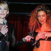 NLD/Amsterdam/20130408 - Presentatie Wasteland ring Stacey's Silver, Stacey Rookhuizen en Fajah Lourens