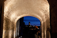 Corsica, south, the old city of Bonifacio.  /  Corse, la vielle ville de Bonifacio