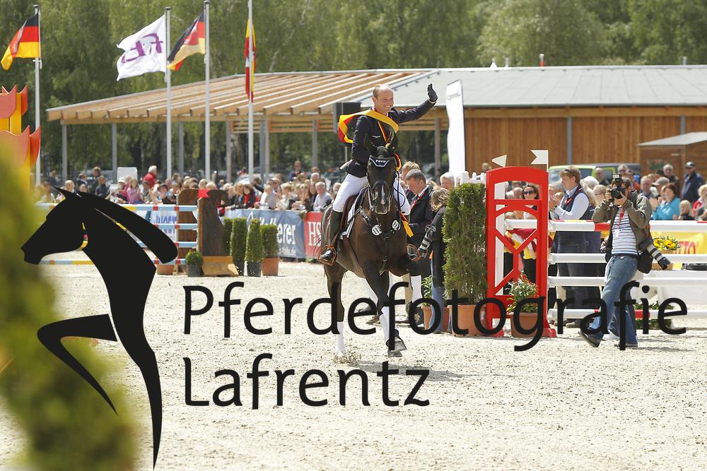 Jung, Michael, Weidezaunsprofi´s River of Joy<br /> Meisterehrung<br /> © www.sportfotos-lafrentz.de/Stefan Lafrentz
