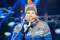 22.02.2019, Medal Plaza, Seefeld, AUT, FIS Weltmeisterschaften Ski Nordisch, Seefeld 2019, Langlauf, Herren, Sprint, Siegerehrung, im Bild Weltmeister und Goldmedaillengewinner Johannes Hoesflot Klaebo (NOR) // World champion and Gold medalist Johannes Hoesflot Klaebo of Norway during the winner Ceremony for the Cross Country, men's Sprint of FIS Nordic Ski World Championships 2019 at the Medal Plaza in Seefeld, Austria on 2019/02/22. EXPA Pictures © 2019, PhotoCredit: EXPA/ Dominik Angerer