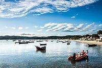 Praia do Canto Grande (Mar de Dentro). Bombinhas, Santa Catarina, Brasil. / <br /> Canto Grande Beach. Bombinhas, Santa Catarina, Brazil.