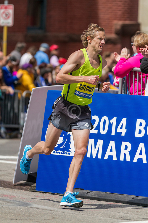 2014 Boston Marathon: turn onto Boylston Street with quarter mile to go, Brett Gotcher