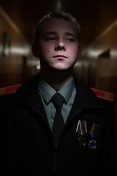 Ukraina<br /> <br /> Andrey, 17 år, går på kadettskola i Donetsk. När han var 16 år var han med i förband som rensade ut städer efter erövringar. Han blev dubbelt belönad för sina bedrifter.<br /> <br /> <br /> Photo: Niclas Hammarström