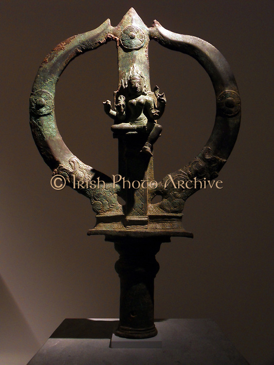 Trident Mariyammai bearing the image of the Hindu goddess of smallpox. Chola dynasty (850-1100 AD) bronze sculpture from Tamil Nadu in India.
