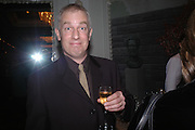 Martin Rowson, The Tatler Restaurant Awards in association with  Louis Roederer champagne.  The Four Seasons Hotel, Hamilton Place, London. 10 January 2004. ONE TIME USE ONLY - DO NOT ARCHIVE  © Copyright Photograph by Dafydd Jones 66 Stockwell Park Rd. London SW9 0DA Tel 020 7733 0108 www.dafjones.com