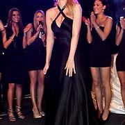 NLD/Zaandam/20100503 - Bekendmaking Playmate of the Year 2009, winnares Chantal Hanse