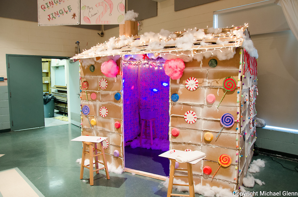 "19 Dec. 2013 Manahawkin USA // Students at All Saints Regional Catholic School Participate in their annual ""Winter Wonderland"" Math exhibit"