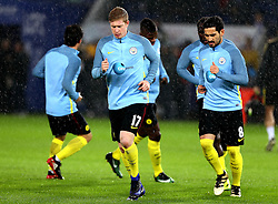 Kevin De Bruyne of Manchester City and his teammates warm up in the rain - Mandatory by-line: Robbie Stephenson/JMP - 10/12/2016 - FOOTBALL - King Power Stadium - Leicester, England - Leicester City v Manchester City - Premier League
