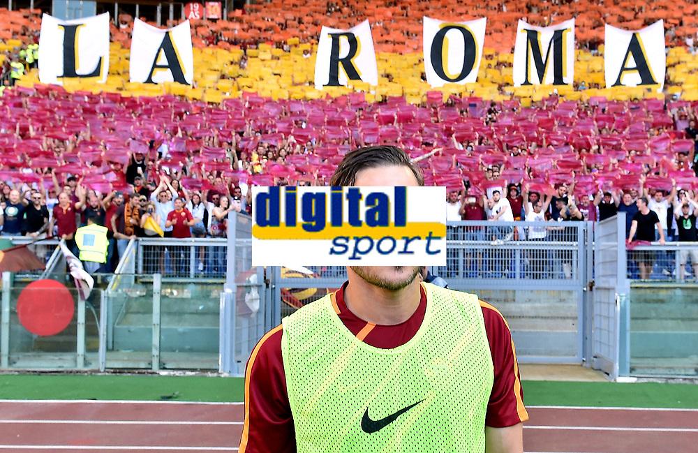 Francesco Totti waves the fans saluta i tifosi <br /> Roma 28-05-2017 Stadio Olimpico Football Calcio Serie A 2016/2017 AS Roma - Genoa  Foto Andrea Staccioli / Insidefoto