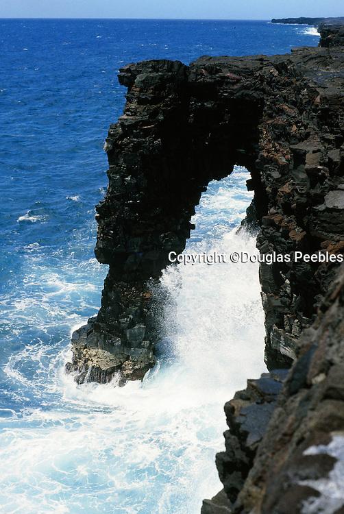 Sea Arch, Big island of Hawaii