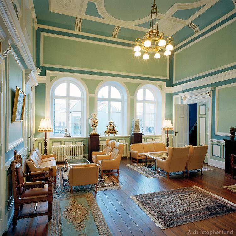 Alþingi, Alþingishúsið í Reykjavík eftir endurbætur að innanverðu. Ljósmyndað fyrir FSR og Arkitektastofuna Batteríið..Althingi - Iceland's Parlament Building, interior.