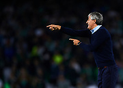 SEVILLE, SPAIN - NOVEMBER 03:  Head Coach of Real Betis Balompie Quique Setien reacts during the La Liga match between Real Betis and Getafe at Estadio Benito Villamarin  on November 3, 2017 in Seville, .  (Photo by Aitor Alcalde Colomer/Getty Images)