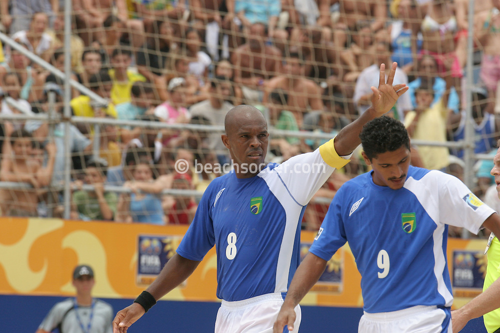 Footbal-FIFA Beach Soccer World Cup 2006 -  Oficial Games BRA x POL - Junior Negão celebrate the goal , Brazil - 03/11/2006.<br />