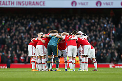 Arsenal players team huddle before kick off - Mandatory by-line: Arron Gent/JMP - 18/01/2020 - FOOTBALL - Emirates Stadium - London, England - Arsenal v Sheffield United - Premier League