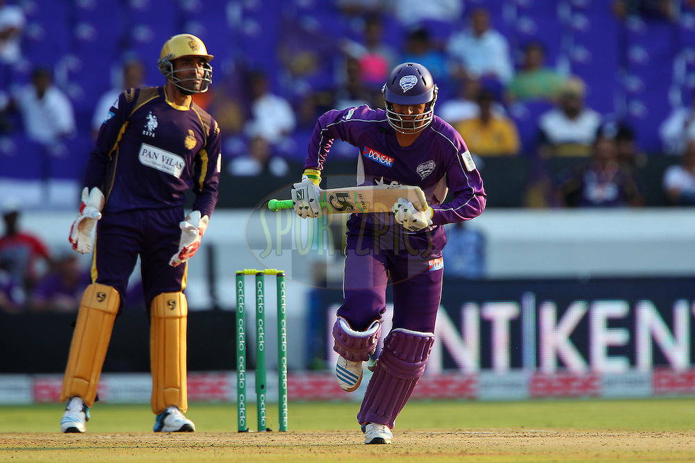 Shoaib MALIK of the Hobart Hurricanes  during the first semi final match of the Oppo Champions League Twenty20 between the Kolkata Knight Riders and the Hobart Hurricanes held at the Rajiv Gandhi Cricket Stadium, Hyderabad, India on the 2nd October 2014<br /> <br /> Photo by:  Ron Gaunt / Sportzpics/ CLT20<br /> <br /> <br /> Image use is subject to the terms and conditions as laid out by the BCCI/ CLT20.  The terms and conditions can be downloaded here:<br /> <br /> http://sportzpics.photoshelter.com/gallery/CLT20-Image-Terms-and-Conditions-2014/G0000IfNJn535VPU/C0000QhhKadWcjYs