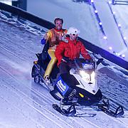 DUI/Hinterzarten/20130212 - Opname Vliegende Hollanders 2013 - Sterren van de Schans, Nicolas Liebart op de sneeuwscooter