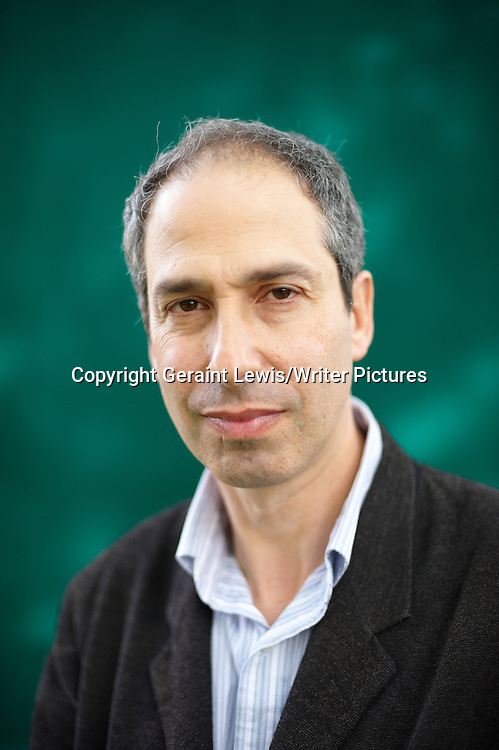 James Lasdun, author, writer and winner of The National Short Story Prize .The Writer of It's Beginning To Hurt at The Edinburgh International Book Festival 2009<br /> <br /> copyright Geraint Lewis/Writer Pictures<br /> contact +44 (0)20 822 41564<br /> info@writerpictures.com<br /> www.writerpictures.com