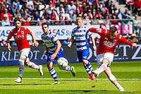 ALKMAAR - 01-05-2016, AZ - de Graafschap, AFAS Stadion, AZ speler Vincent Janssen scoort uit een penalty de 1-1, doelpunt