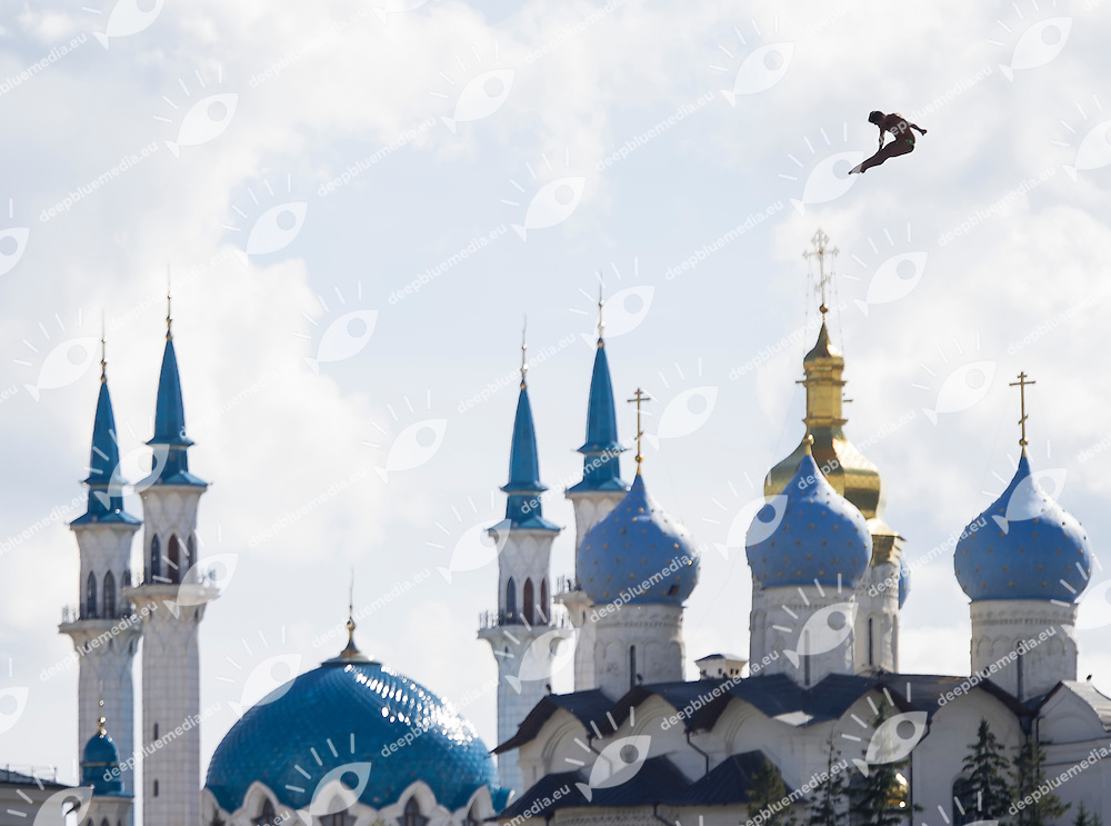 Diver and the Cremlin<br /> High Diving - Men's 27m high dive preliminaries<br /> Day 11 03/08/2015<br /> XVI FINA World Championships Aquatics Swimming<br /> Kazan Tatarstan RUS July 24 - Aug. 9 2015 <br /> Photo Giorgio Perottino/Deepbluemedia/Insidefoto