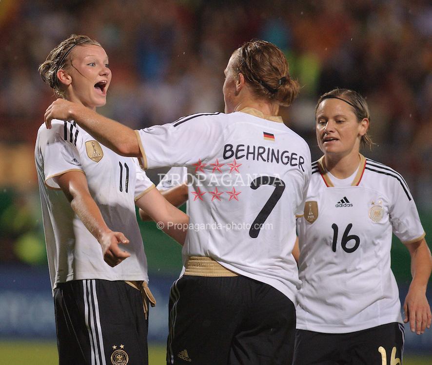 16.06.2011, Bruchwegstadion, Mainz, FIFA WOMENS WORLDCUP 2011, Deutschland (GER) vs. Norwegen (NOR), im Bild  Alexnadra Popp (Deutschland #11, Duisburg), Melanie Behringer (Deutschland #7, Frankfurt), Martina Mueller (Deutschland #16, Wolfsburg) waehrend eines Vorbereitungsspiels // during a friendly match on 2011/06/16, Bruchwegstadion, Mainz, Germany. + EXPA Pictures © 2011, PhotoCredit: EXPA/ nph/  Roth       ****** out of GER / SWE / CRO  / BEL ******