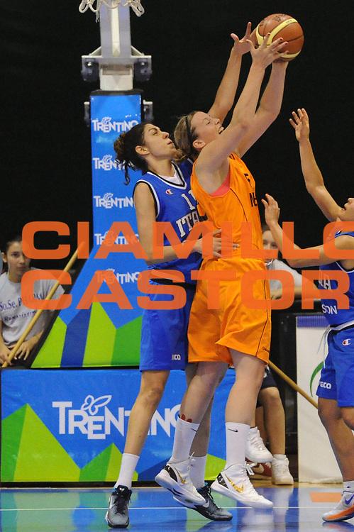 DESCRIZIONE : Pomezia Nazionale Italia Donne Torneo Citt&agrave; di Pomezia Italia Olanda<br /> GIOCATORE : alessandra formica<br /> CATEGORIA : difesa<br /> SQUADRA : Italia Nazionale Donne Femminile<br /> EVENTO : Torneo Citt&agrave; di Pomezia<br /> GARA : Italia Olanda<br /> DATA : 26/05/2012 <br /> SPORT : Pallacanestro<br /> AUTORE : Agenzia Ciamillo-Castoria/GiulioCiamillo<br /> Galleria : FIP Nazionali 2012<br /> Fotonotizia : Pomezia Nazionale Italia Donne Torneo Citt&agrave; di Pomezia Italia Olanda