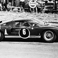 #6, Ford GT40, Peter Sutcliffe and Innes Ireland (finished 2nd) at the Kyalami 9H at Johannesburg, South Africa, 1965