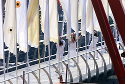 Viewing of the Millennium Bridge, London. .The procession on the Millennium Bridge lead by the Queen, May 9, 2000. Photo by Andrew Parsons / i-images..