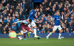 Manuel Lanzini of West Ham United (L) and Andre Gomes of Everton in action - Mandatory by-line: Jack Phillips/JMP - 19/10/2019 - FOOTBALL - Goodison Park - Liverpool, England - Everton v West Ham United - English Premier League