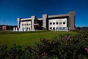 Nova Lima_MG, Brasil...Fundacao Dom Cabral. Na foto, a fachada da unidade Alphaville Lagoa dos Ingleses...Fundacao Dom Cabral. In this photo, the facade of the building in Ingleses lake...Foto: LEO DRUMOND / NITRO