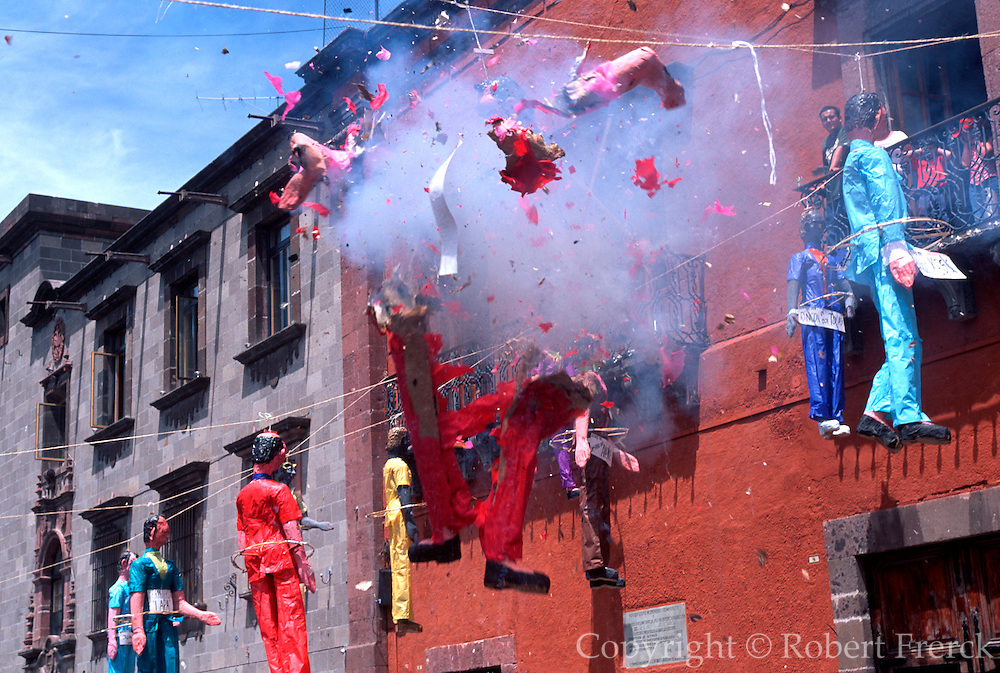 MEXICO, SAN MIGUEL ALLENDE Easter Sunday; exploding the Judases