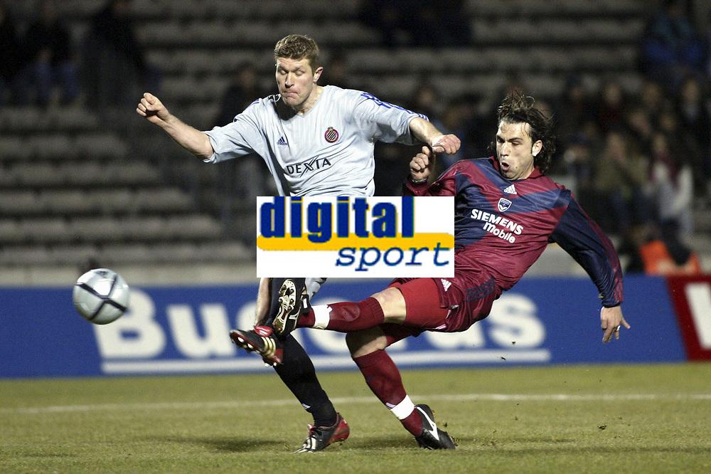 BORDEAUX, (FRA) 11/03/2004<br /> SPORT / FOOTBALL / VOETBAL /<br /> 1/8 FINALE UEFA BEKER CLUB BRUGGE - F.C. BORDEAUX / 1/8 FINALE FC BRUGES - F.C. GIRONDINS DE BORDEAUX /<br /> BUT - GOAL / GERT VERHEYEN /<br /> PICTURE BY NICO VEREECKEN<br /> DIGITALSPORT
