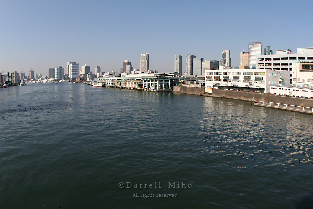 Mar 4, 2006; Tokyo, JPN; Tsukiji.Looking southwest along the Sumida waterway.  Tsukiji Market is on the right...Photo credit: Darrell Miho
