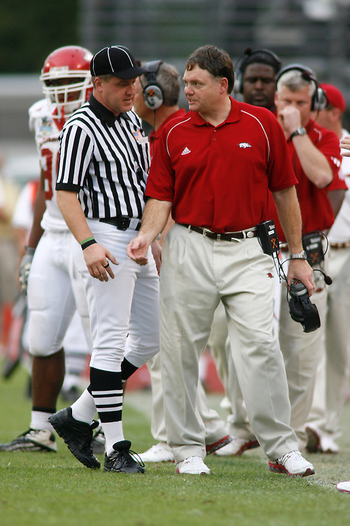 University of Arkansas head coach Houston Nutt argues with a game official during the Wisconsin Badgers 17-14 victory over the Arkansas Razorbacks on January 1, 2007 at the Florida Citrus Bowl Stadium in Orlando, Florida.