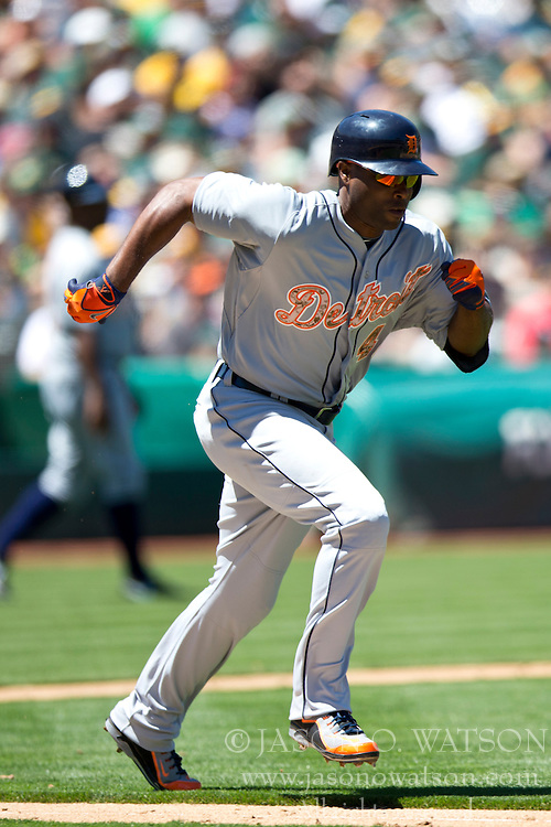 OAKLAND, CA - MAY 26:  Torii Hunter #48 of the Detroit Tigers runs to first base after hitting a ground ball against the Oakland Athletics during the fourth inning at O.co Coliseum on May 26, 2014 in Oakland, California. The Oakland Athletics defeated the Detroit Tigers 10-0.  (Photo by Jason O. Watson/Getty Images) *** Local Caption *** Torii Hunter