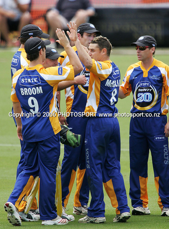 during the State Twenty20 cricket final between the State Auckland Aces and the State Otago Volts held at the Eden Park Outer Oval in Auckland, New Zealand on Sunday, 4 February, 2007. Photo: Tim Hales/PHOTOSPORT
