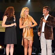 NLD/Noordwijk/20070831 - VIP avond Jackie Summer Fair 2007, uitreiking IT girl award, Femmeke de Wind, Nicolette van Dam en Yves Gijrath