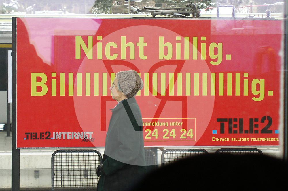 SCHWEIZ - Werbung 'Nicht billig' - 02. Februar 2003 © Raphael Hünerfauth - http://huenerfauth.ch