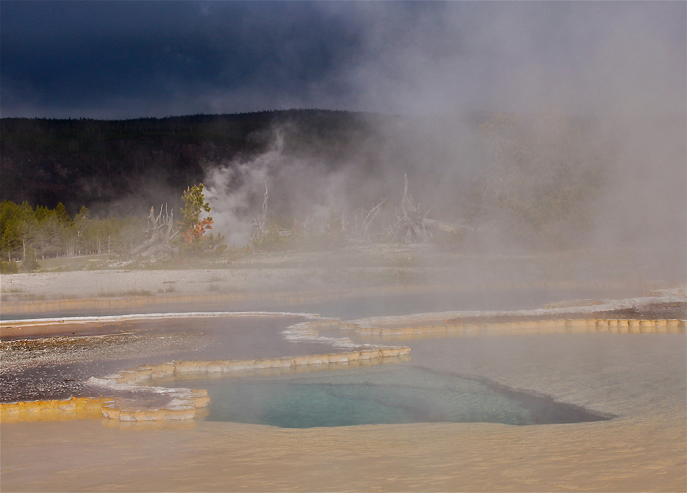Thermal pool near Old Faithful.