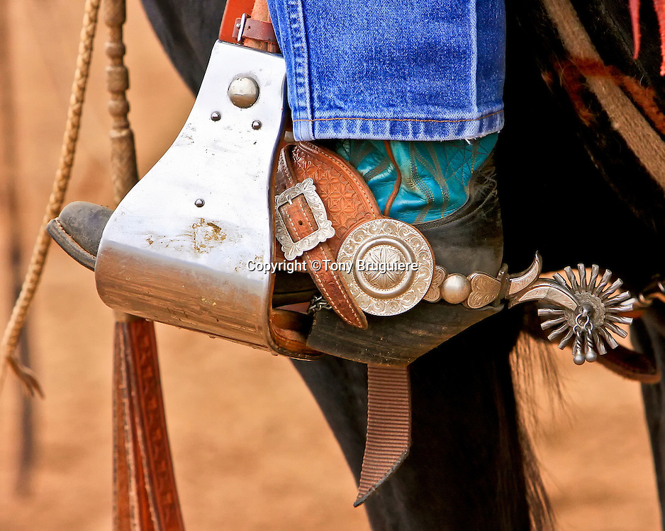 97dfdb81107910 Buckaroo spurs are usually more ornate and have larger rowels (round part)  than a