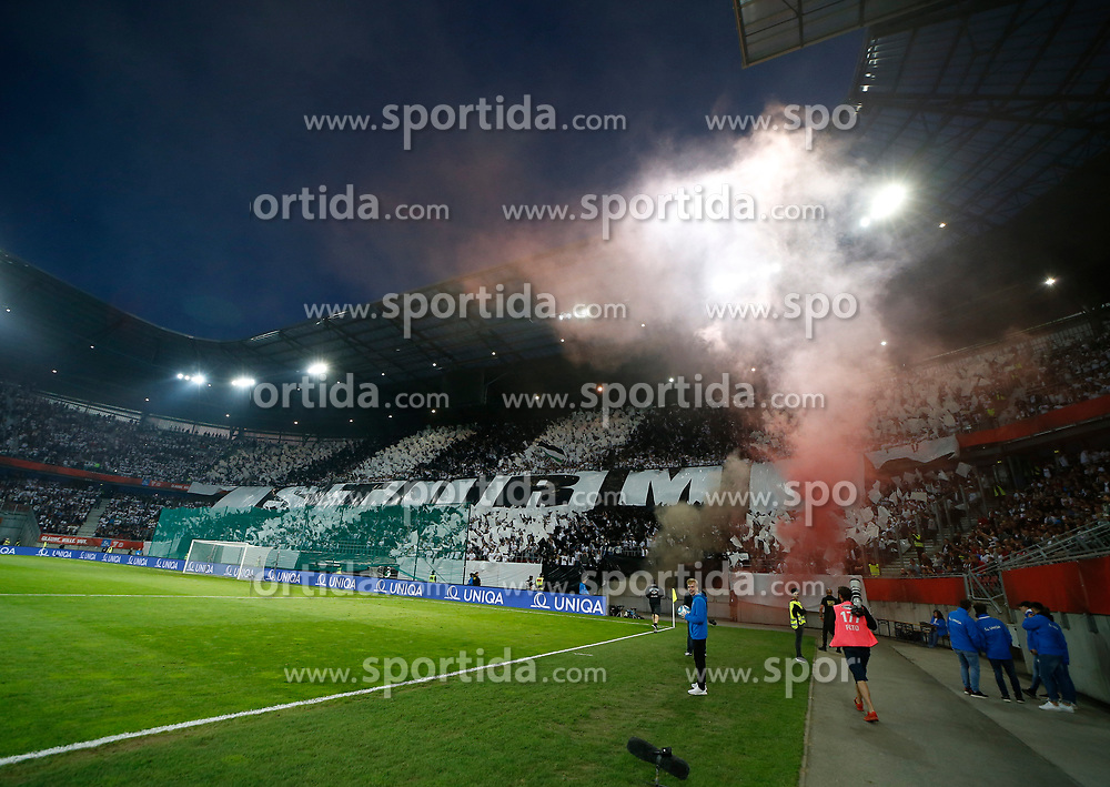 09.05.2018, Woerthersee Stadion, Klagenfurt, AUT, OeFB Uniqa Cup, SK Puntigamer Sturm Graz vs FC Red Bull Salzburg, Finale, im Bild Sturm Fans // during the final match of the ÖFB Uniqa Cup between SK Puntigamer Sturm Graz and FC Red Bull Salzburg at the Woerthersee Stadion in Klagenfurt, Austria on 2018/05/09. EXPA Pictures © 2018, PhotoCredit: EXPA/ Erwin Scheriau
