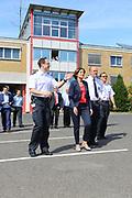 Ludwigshafen. 13.07.17 | Malu Dreyer bei der Feuerwehr<br /> Die rheinland-pfälzische Ministerpräsidentin Malu Dreyer besucht am Donnerstag, 13. Juli 2017, die Ludwigshafener Berufsfeuerwehr. Bei einem Rundgang informiert sich Dreyer über die Arbeit der Feuerwehrleute. Kämmerer und Ordnungsdezernent Dieter Feid sowie Jan Deubel, stellvertretender Leiter der Berufsfeuerwehr, empfangen <br /> die Ministerpräsidentin.<br /> Bei dem Besuch sind unter anderem Mitglieder der Freiwilligen Feuerwehr und der BASF-Werkfeuerwehr zugegen.<br /> <br /> <br /> BILD- ID 0049 |<br /> Bild: Markus Prosswitz 13JUL17 / masterpress (Bild ist honorarpflichtig - No Model Release!)