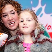 NLD/Amsterdam/20160117 - Premiere Woezel & Pip Op zoek naar de Sloddervos !, Katja Schuurman en dochter Sammie